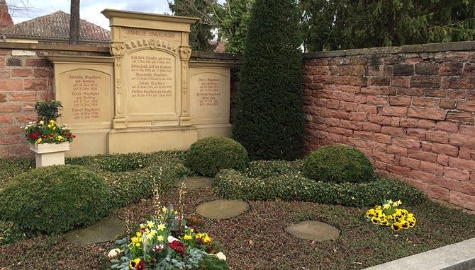 Grabmäler der Familie von Friedrich Engelhorn in Mannheim